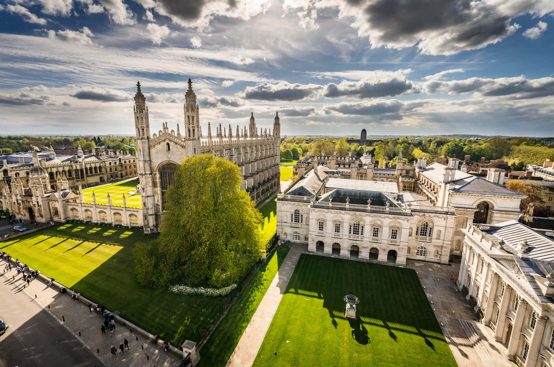 Cambridge Chemistry Summer School for 16-18 year olds at Cambridge University